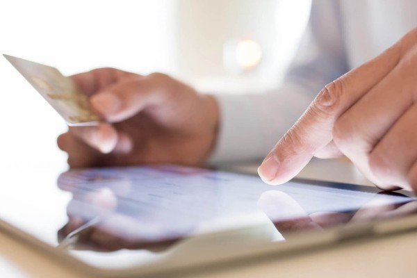 E-commerce, prevista una crescita del 19% per il 2017. Volume delle transazioni a 23 miliardi